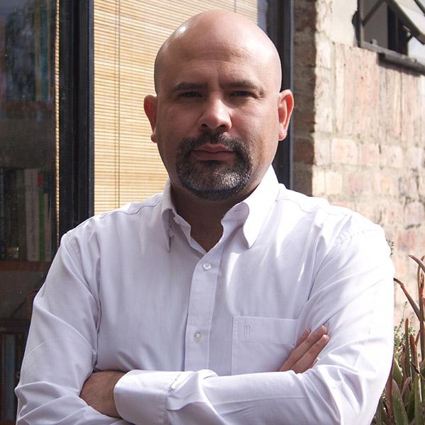 Mario Mendoza Toraya